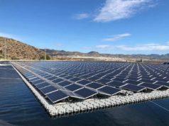 Foto de la planta solar flotante de Mazarron
