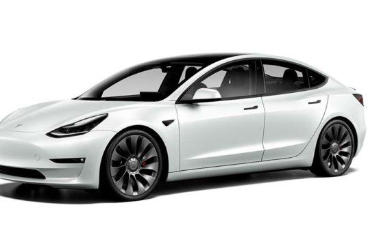 Los cambios anunciados en el Tesla Model 3 ya son visibles en el configurador y hay sorpresas