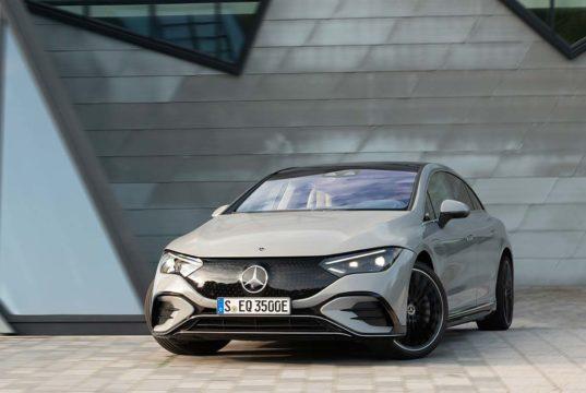 Mercedes-Benz presenta el EQE, un espectacular sedán eléctrico de gran alcance