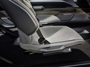 Audi-AI_TRAIL-quattro_asientos