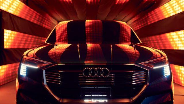 Audi-e_tron-quattro-electric-SUV01