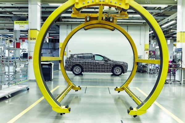 BMW-iNEXT-nuevas-imagenes-produccion5