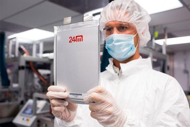 Batería de Litio Semisolido de 24M