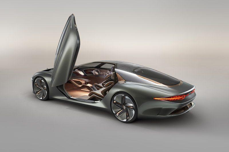 Bentley-EXP-100-GT-concept_trasera-puerta-abierta-conductor
