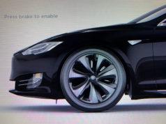 Detalle de la nueva rueda aero del Tesla Model S