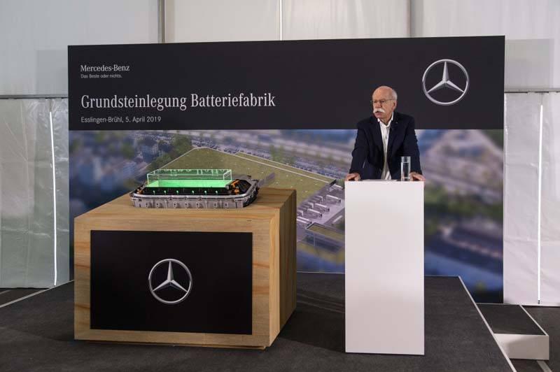 Dieter-Zetsche_Presidente-Consejo-Administracion-Daimler-AG-Director-Mercedes-Benz