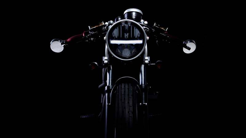 Fly-free-moto-electrica-smart-old_luz-delantera