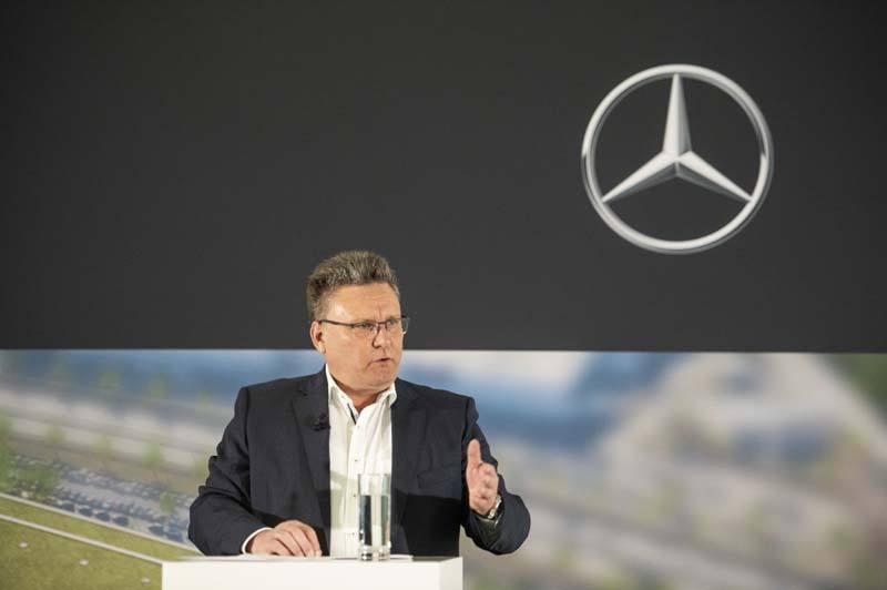 FrankDeiß_jefe-producción-grupos-motopropulsores-Mercedes-Benz_jefe-obra-planta-Mercedes-Benz-Unterturkheim
