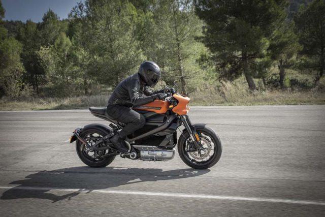 Harley Davidson LiveWire - Especificaciones técnicas y precios revelados en el CES 2019 - Circulando
