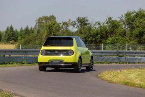 Honda-e-amarillo-circuito6