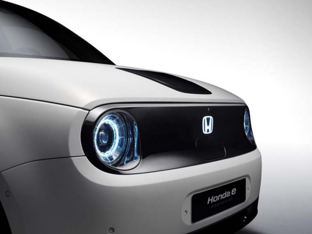 Honda-e_Prototype-concept-produccion-Salon-Ginebra-2019_frontal-lateral