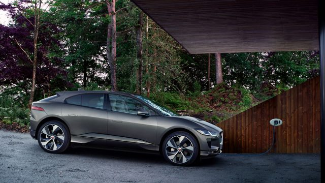 Imagen del Jaguar I-PACE , el primer coche eléctrico de Jaguar