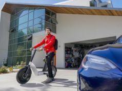 Karmic-OSLO-bicicleta-scooter-patinete-electrico-tesla-model-s