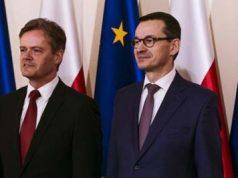 Markus_Schäfer_mercedes-benz-(izq)_Mateusz_Morawiecki_ministro-polonia(drcha)