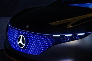 Mercedes-Benz-EQS_frontral-luces