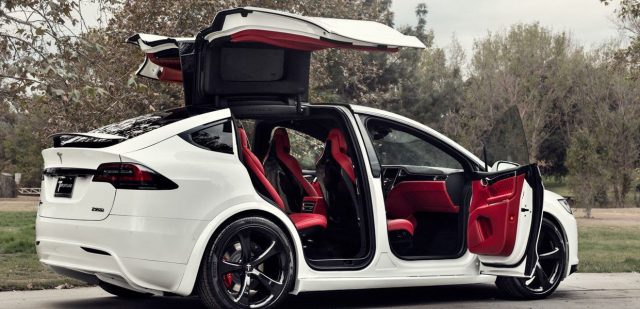 Model-X-Interior_Rojo