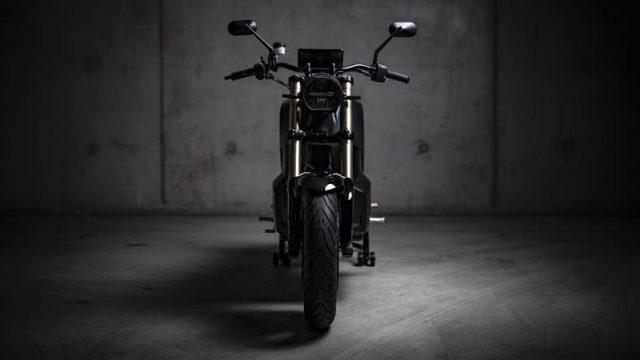 NXT-Motors-primer-modelo-presentado-motocicleta-electrica-RAGE_frontal
