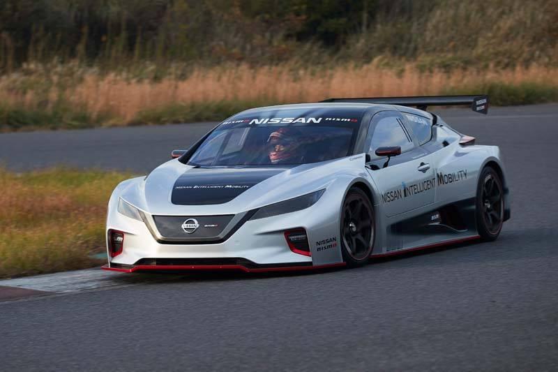 Nissan LEAF NISMO RC - Curva_Carretera