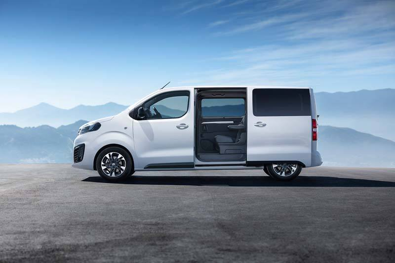 Opel-Zafira-Life-2019_Lateral-asient