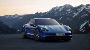 Porsche Taycan azul
