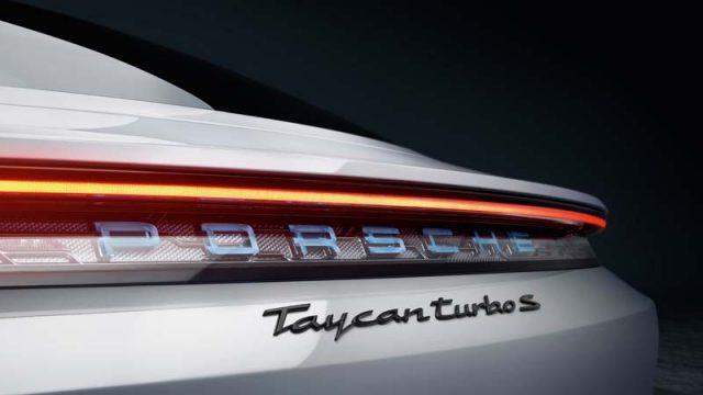 Detalle parte trasera del Porsche Taycan