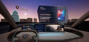 Realidad-virtual-desmotracion-sistema-interaccion-natural-multimodal-BMW-persentado-MWC2019-Barcelona-informacion-obtenida-vehiculo-al-preguntar-algo