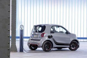 Smart-EQ-ForTwo-lateral-trasera