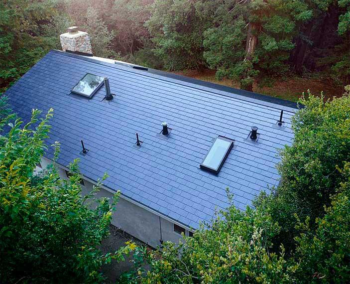 Tejado con tejas solares de Tesla