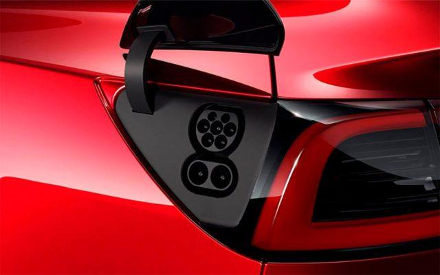 Puerto de carga CCS del Tesla Model 3 para Europa