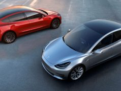 Foto de dos Tesla Model 3 enfrentados