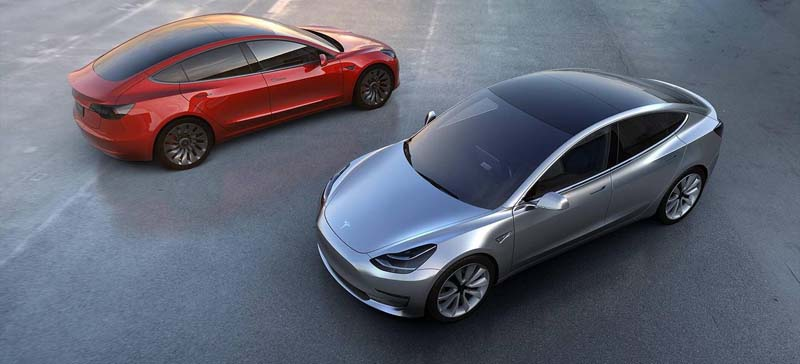 Imagen del Tesla Model 3 en color rojo
