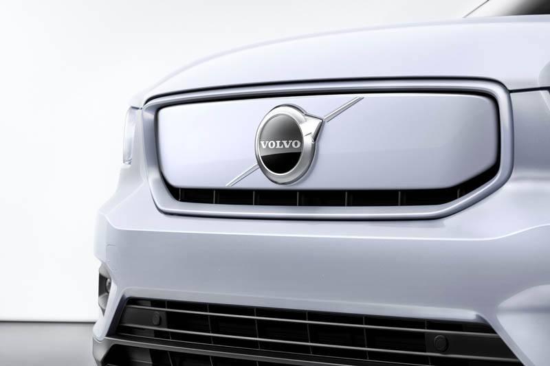 Volvo-XC40-Recharge_morro