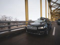 aurora-conduccion-autonoma-puente-delantera