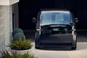 canoo-vehiculo-electrico_color-negro-frontal