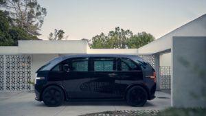 canoo-vehiculo-electrico_color-negro-lateral-2