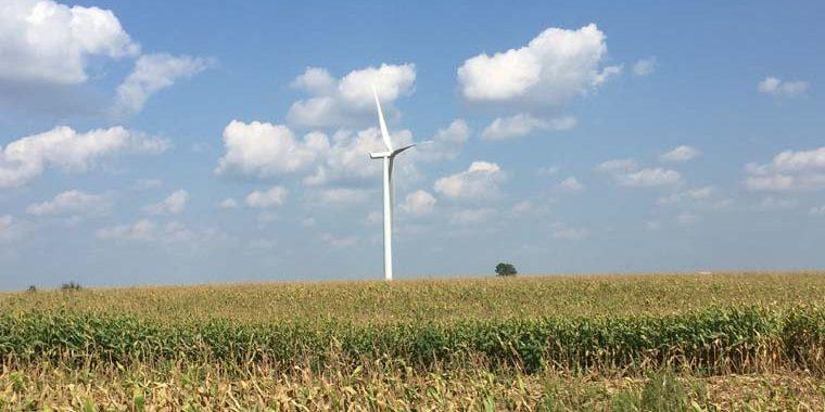 energia-renovable-molino-viento-parque-eolico-amazon