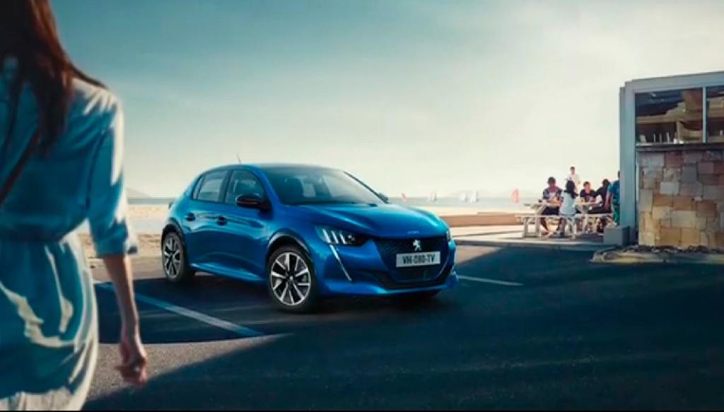 filtradas-imagenes-peugeot-208-debut-salon-ginebra-2019_color-azul-electrico