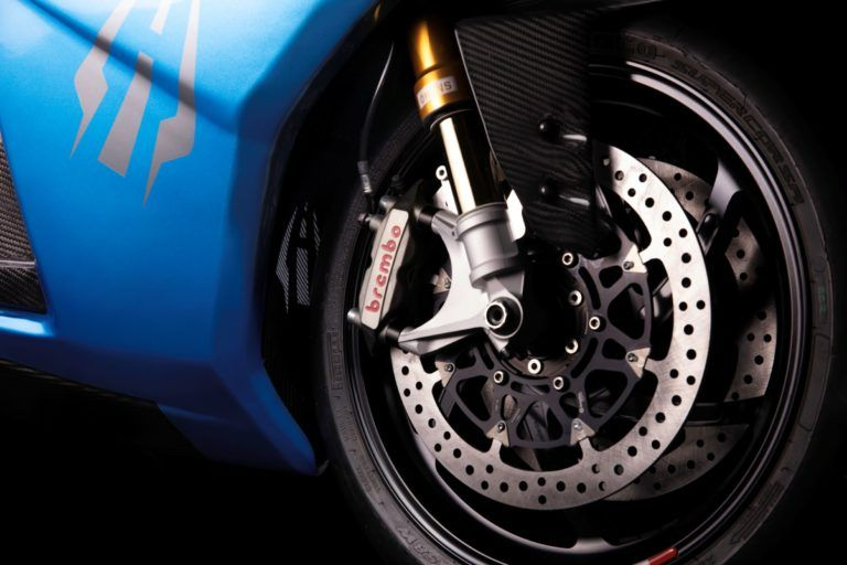 frenos-Monoblock-Brembo_Lightning-Strike-carbon-edition