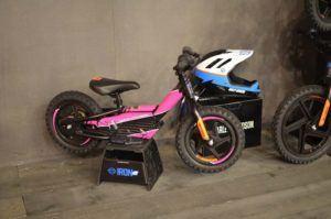 Bicicleta de Harley Davidson para niños rosa