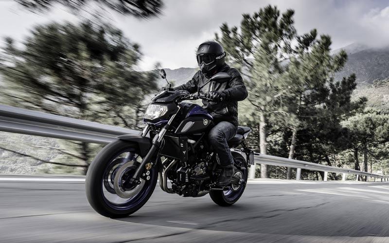 motocicleta-yamaha-mt-07-combustion