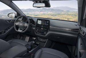 nuevo_Hyundai_IONIQ_Electric_interior_plazas-delanteras