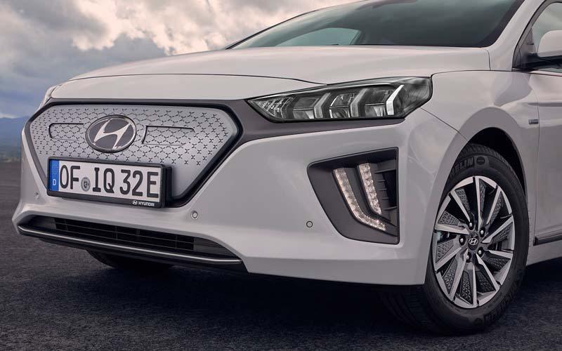 nuevo_Hyundai_IONIQ_Electric_parrilla-nueva