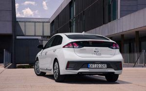 nuevo_Hyundai_IONIQ_Electric_trasera