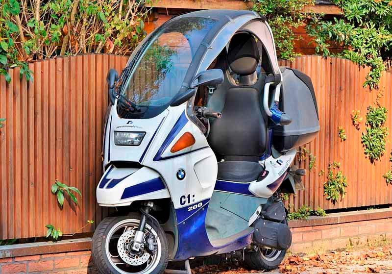 scooter-bmw-c1-techo