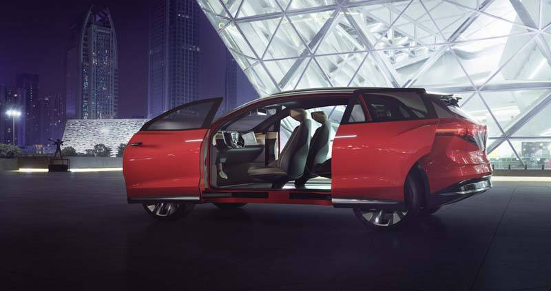 volkswagen-id-roomzz-suv-electrico-auto-shangai-2019_lateral-puertas-abiertas